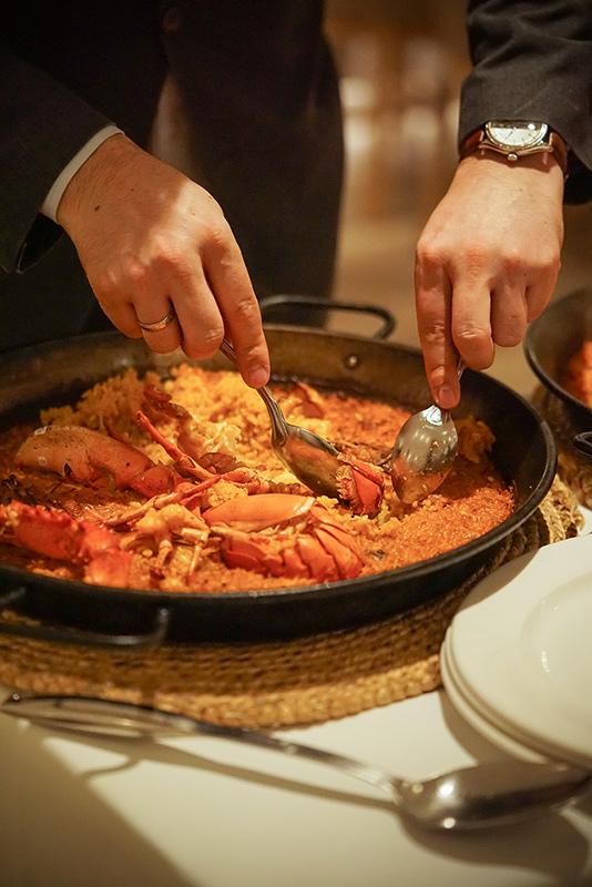 Restaurante L'Albufera Melia Castilla Paella Bogavante